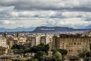 Panorama - direzione Madonie con Castello della Zisa in primo piano e Cattedrale a sinistra
