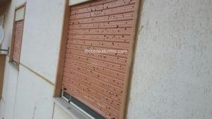 Serrande danneggiate dalla grandine (Palermo) - Foto di Cristian Cottone