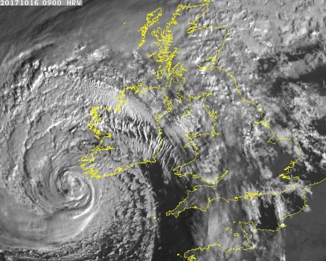 meteo-uragano-ophelia-in-irlanda-48541_1_2